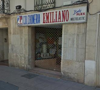 fachada-colchoneria-emiliano